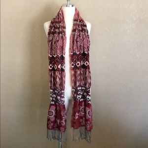 Buckle Red, Maroon & Black Print Scarf